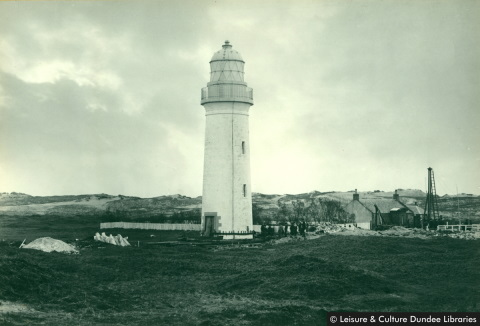 moving the Buddon Ness lighthouse